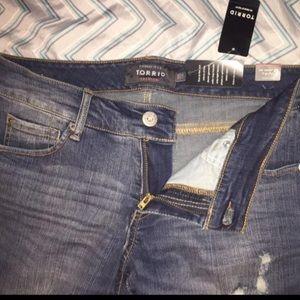 Torrid 10R skinny boyfriend jeans